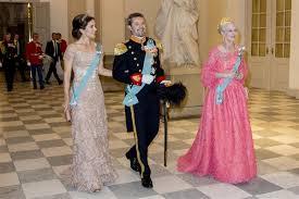Duelo De Estilo De Royals En El Cumpleanos De Frederick De Dinamarca