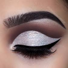 prom makeup as special accent for prom
