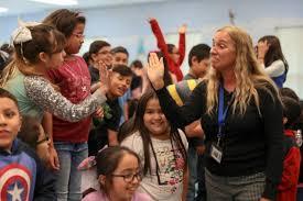 Harlandale ISD Principal Traci Smith Among Finalists for Education Awards