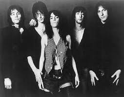 Patti Smith Group | Discography | Discogs