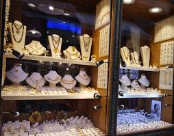 greek souvenirs things to in