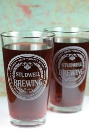 custom pint glasses with brewing theme