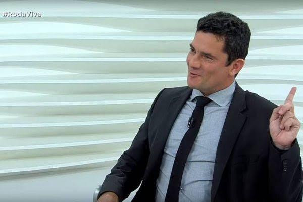"Resultado de imagem para Moro no Roda Viva"""