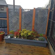 Screen With Envy On Instagram Our Posts Your Posts Either Works Loving This Use Of Our Medium Ve In 2020 Garden Privacy Screen Privacy Fence Designs Screen Plants