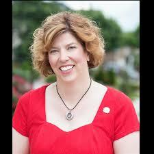 Katrina Smith, Winchester, VA Real Estate Broker Owner - RE/MAX Synergy