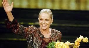 Virna Lisi, lacrime e ricordi per l'ultimo saluto alla signora del cinema italiano