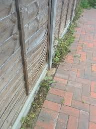 Gap To Fill Between Fence Panels And Driveway Brickwork Overclockers Uk Forums