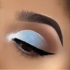 blue cut crease eye makeup saubhaya