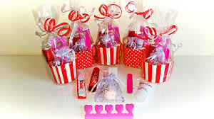 8 x s pre filled luxury party bags