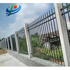 China Pengxiang Hot Sale Wrought Iron Designs Ornaments Steel Matting Fence Design Photos Pictures Made In China Com