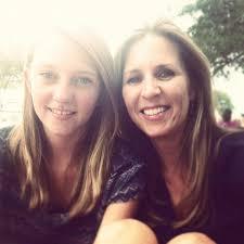 "Addie Owens on Twitter: ""Enjoying the Food Trucks downtown Mt. Dora  http://t.co/vogKgLa6"""