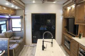 2019 drv luxury suites fullhouse jx450