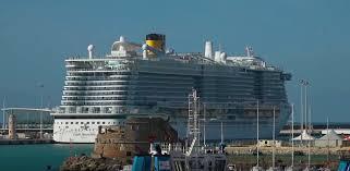 Coronavirus, nave da crociera fermata a Civitavecchia: due ...