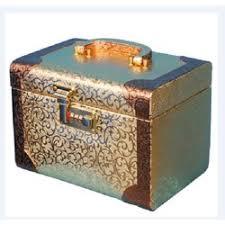 las bridal makeup box rs 450