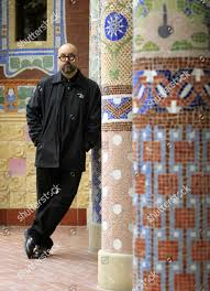 Foto stock editoriale Spanish Author Carlos Ruiz Zafon Poses ...
