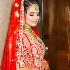 charu top makeup artist in delhi ncr