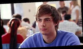 The Real Aaron Samuels, AKA Jonathan Bennett, Reveals How He's Celebrating  'Mean Girls' Day On Oct. 3 | The Projects World
