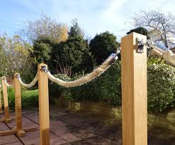 Post And Rope Rustic Timber Crowd Control Barriers Fitzpatrick Woolmer Design Publishing Esi External Works