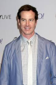 Do You Want To See A Dead Body?: Rob Huebel (Children's Hospital) to Star  in YouTube Series - canceled + renewed TV shows - TV Series Finale