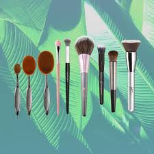 19 free makeup brushes for the
