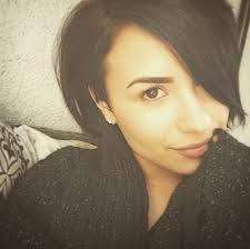 we chatted with demi lovato about her