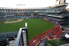 Mets Bring In Fences Again The New York Times