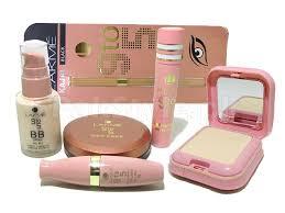 lakme plete makeup kit with saubhaya