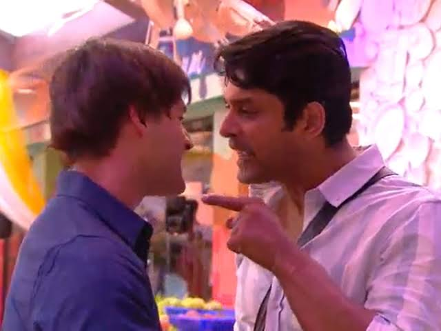"""Image result for Asim and siddhrth fight"""""""