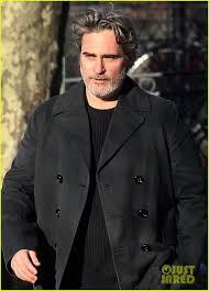 Joaquin Phoenix Films Upcoming Mike Mills Project in NYC: Photo ...