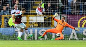 West Ham United extend goalkeeper Adrian's contract until 2019 | Sports  News,The Indian Express