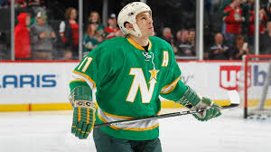 Zach Parise wears late father's North Stars gear