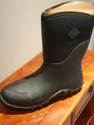 light uk 11 muck boots size 11 sefr9574792