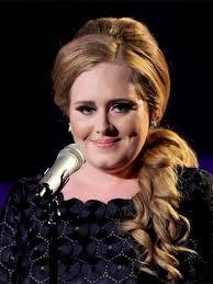 Adele, la biografia della cantante inglese