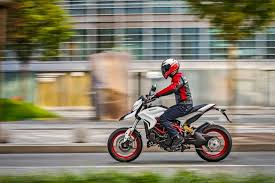 2018 ducati hypermotard 939 review