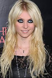 taylor momsen is not a role model