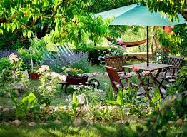128 backyard garden ideas small or large