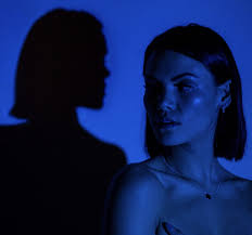 "Sinead Harnett Unveils Official Music Video For Latest Single ""Body"" 