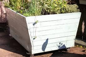 25 best pallet garden ideas green and
