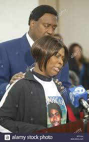 Wanda Johnson, mother of Oscar Grant III, speaks at a press Stock ...