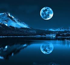 صور قمر اجمل خلفيات للقمر صبايا كيوت