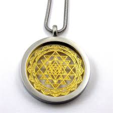 stainless steel shree yantra pendant