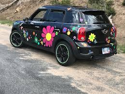 Giant Daisy Flower Car Sticker