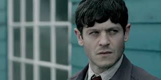 """Iwan Rheon: """"Acting is basically like being a kid when you're a grown-up"""" –  The HotCorn"""