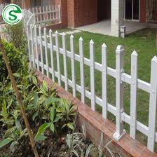 China Easily Assembled Screw Less White Plastic Pvc Vinyl Picket Fence With Post China White Pvc Fence And Vinyl Picket Fence Price