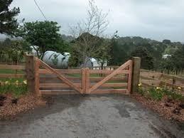 Wooden Entrance Gate Farm Entrance Farm Gate Farm Gate Entrance