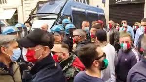 Coronavirus, il popolo italiano scende in piazza: manifestazioni ...