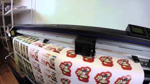 How Vinyl Stickers Are Made At Clubcard Printing Weatherproof Die Cut Stickers Clubcard Tv Youtube