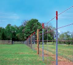 Pin By Ulysses On Fence Posts In 2020 Fence Post T Post Fence Livestock Fence