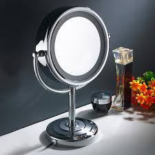 magnification mirror with light yaser