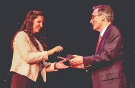 Janelle Wells New Tampa YMCA Volunteer of the Year — Neighborhood News